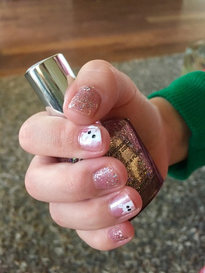 Easy Easter manicure for kids and adults